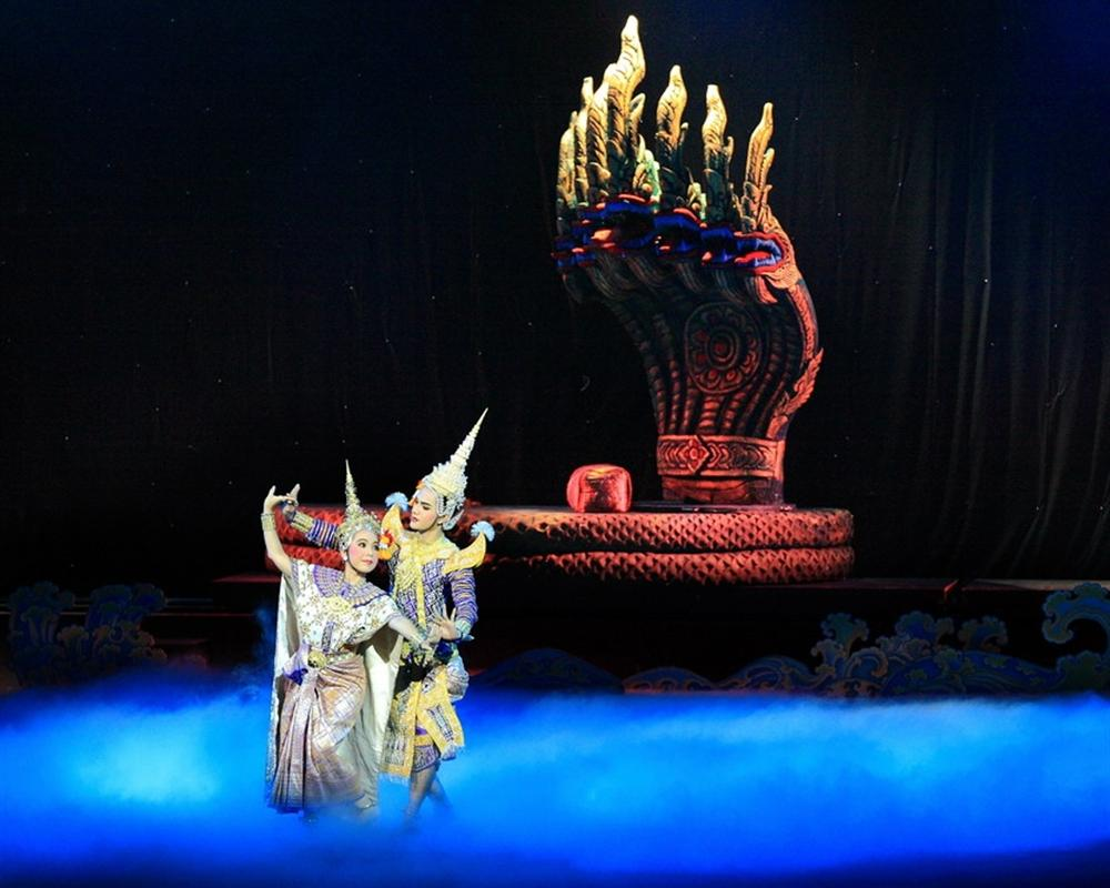 Khon-Thai Classical Masked Dance at the Sala Chalermkrung Rayal Theatre