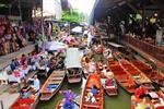 Damnern Saduak Floating Market