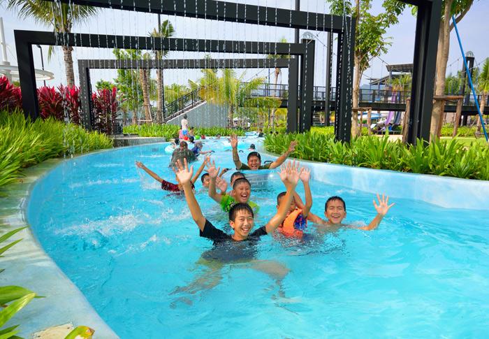 Black Mountain Water Park  Thailand, Hua Hin Show & Ticket