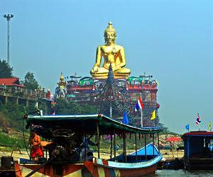 Chiang Saen and Chiang Khong Tour | Chiang Rai