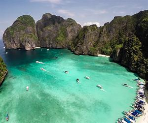 Phi Phi Island Deluxe Plus + Yao Yai Island by Speed boat (Full Day)