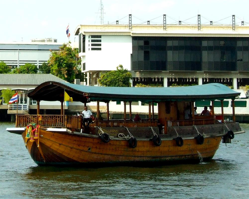 Chao Phraya Rice Barge Cruise
