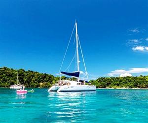 Sailing Catamaran Maithon Island Tour