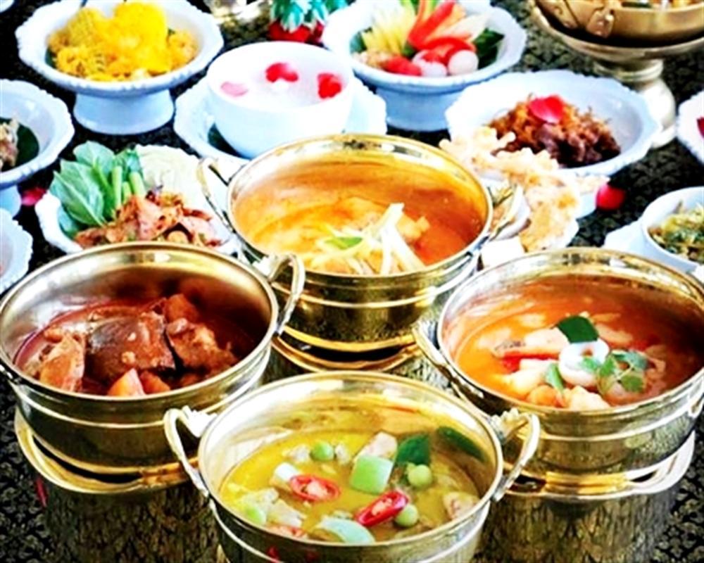 Thai Food Buffet on 69th floor Baiyoke Sky Hotel