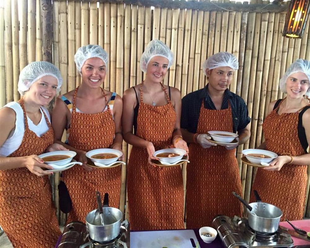 The Kitchen Kata Beach Thai Cooking Class