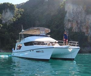 Phi Phi and Maiton Island Sunset Cruise Tour by Catamaran