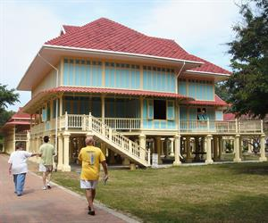 Famous Place in Hua Hin with English-Styled Tea