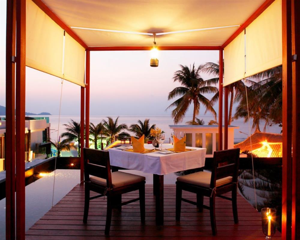 Romantic Dinner at Veranda @ La Flora Resort Patong