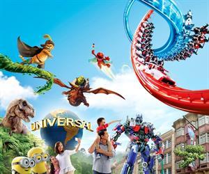 Universal Studios with 2 Way Shuttle