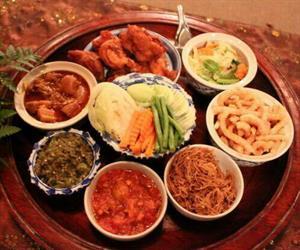 Khantoke Dinner at Sibsongpanna Khantoke Chiang Mai